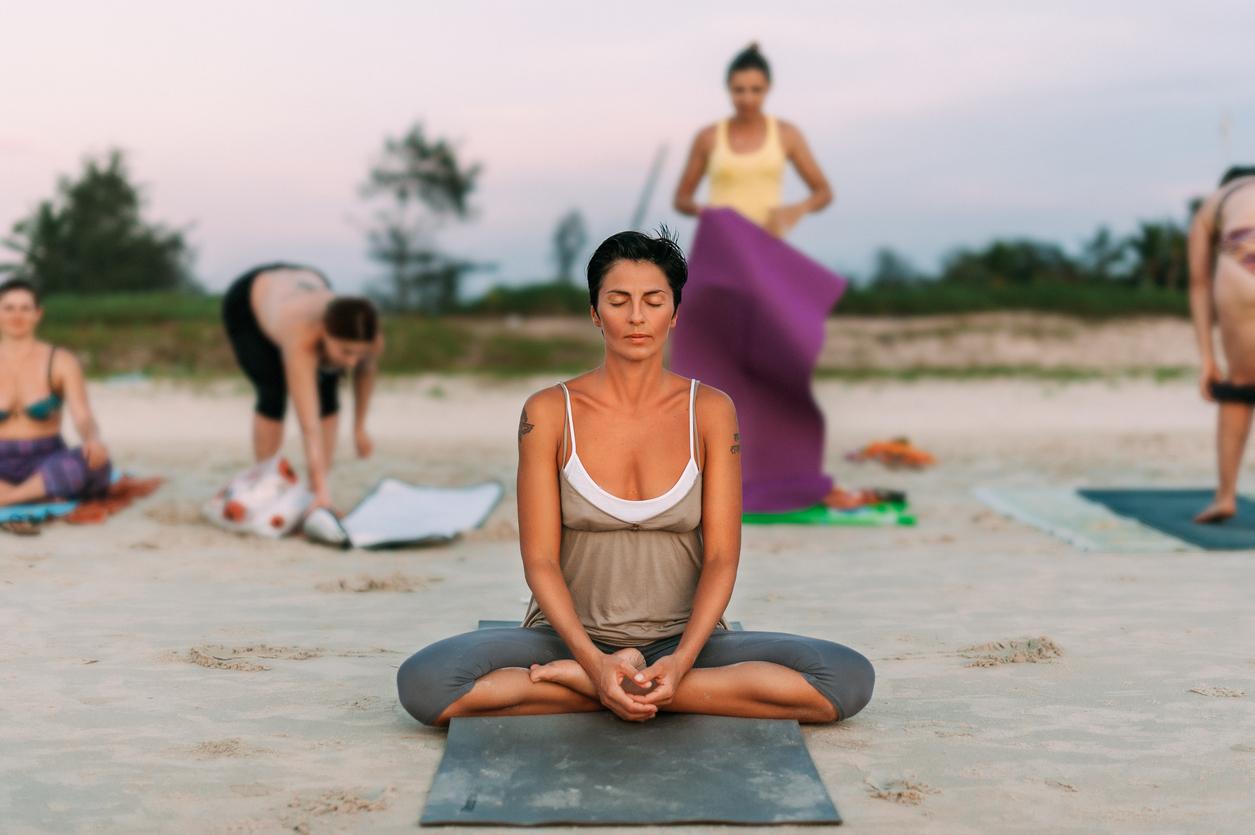 8 Beach Yoga Poses